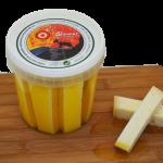 Tiras de queso semicurado en aceite de oliva