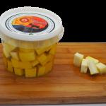 Dados de queso semicurado en aceite de oliva